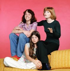"One Day at A Time (1975-1984) - Starring Bonnie Franklin as Ann Romano, a divorced mother who moves to Marion County, westside Indianapolis, with her two teenage daughters, Julie and Barbara Cooper (Mackenzie Phillips, Valerie Bertinelli). Pat Harrington plays Dwayne Schneider, often simply ""Schneider"", their building superintendent."