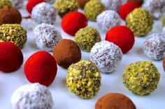 ChelseaWinter.co.nz Fudgey Christmas chocolate truffles » ChelseaWinter.co.nz