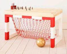 Mesa de Estudio en Forma de Portería de Fútbol Hoy os quiero enseñar este escritorio tan original para los apasionados del deporte y futboleros de la casa, ¿no me digáis…