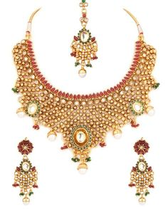 Alluring Oval Style Floral Kundan Necklace Set