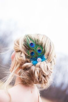 Want to add a little extra beauty to your wedding day hairstyle? There are so many ways to add that extra touch of charm, but which accessory is right for you?