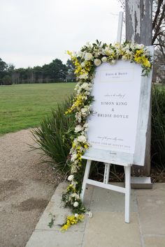 WELCOME sign | stones of the yarra valley wedding | styling by styleanddiscourse.com | photo by cadenceandgrace.com
