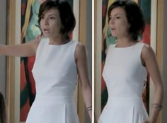 Maria Clara(Andreia Horta) mais uma vez deixou as femininas em frisson, por conta deste macacão branco, na novela IMPÉRIO, na noite de Réveillon. O lindo modelo, da grife ALPHORRIA, tem um decotão nas...