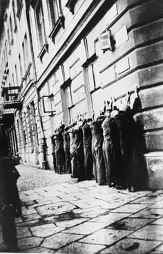 Krakow Ghetto - Jews arrested in Podgorze neighborhood of Krakow lined up on pavement. Courtesy of USHMM Photo Archives: Main Commission for Investigation of Nazi War Crimes, National Archives in Krakow, Archives of Mechanical Documentation Jewish Ghetto, Warsaw Ghetto, Modern World History, Jewish History, Holocaust Memorial, Powerful Pictures, Krakow Poland, World Problems, Europe