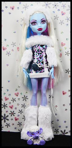 Abbey Bominable (Monster High)