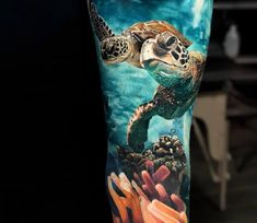 The Best Sleeve Tattoos – Turtle Tattoo Designs Tattoo Life, Tropisches Tattoo, Ocean Life Tattoos, Armband Tattoo, Ocean Sleeve Tattoos, Best Sleeve Tattoos, Leg Tattoos, Body Art Tattoos, Cool Tattoos