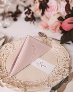 Susan Brand (@susanbrand) • Instagram photos and videos Name Cards, Thank You Cards, Wedding Favors, Wedding Day, Calligraphy Envelope, Bar Menu, Tent Cards, Addressing Envelopes, Gold Ink
