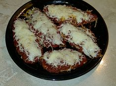 While on the South Beach diet, this dish satisfies my craving for the standard chicken parmesan dish.....but this recipe is missing the breadcrumbs. But its so good you wont miss the breadcrumbs! In the world of low carb dieting, I like to serve this with a green veggie and/or tossed salad.