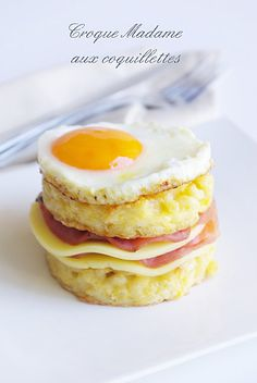 Croque Madame aux coquillettes (good use for left over gluten free pasta?)