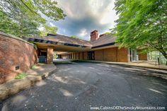 1000 images about family cabins on pinterest cabin for Elkhorn lodge cabin gatlinburg tn