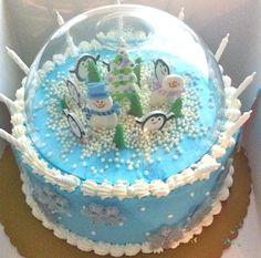 Love this snow globe cake!
