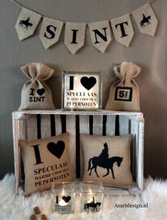 Jute Sinterklaas kussen met tekst - st Saint Nicolas, Name Day, Holidays And Events, Holiday Crafts, Projects To Try, December, Place Card Holders, Blog, Gifts