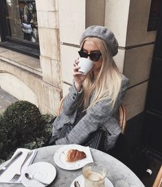 Keep it classy ♡ discovered by Evi Mit� on We Heart It Brunch Outfit, Keep It Classy, Luxe Life, Fall Winter Outfits, Spring Summer Fashion, Autumn Fashion, Parisian, What To Wear, Cute Outfits