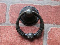 Vintage Look Dresser Drawer Pulls Handles Knobs Ring Drop Pull Antique Bronze / Rustic Cabinet Door Knocker Knob Pull Furniture Hardware 123
