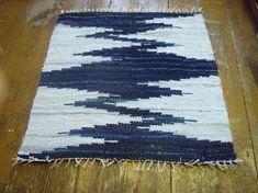 Hand woven rag rug  27' x 29' Dark blue light blue by Gunaspalete, €35.00