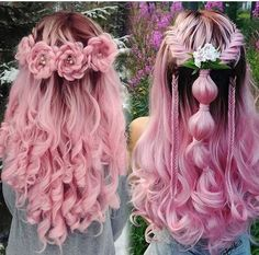 20 Rose Braid Hairstyles You Will Love in Who does not love flowers? Prepare yourselves to these prettiest rose braids trend. There is no doubt that rose braid hairstyles are the latest hairst. Pretty Hairstyles, Braided Hairstyles, Elegant Hairstyles, Wedding Hairstyles, Top Hairstyles, Rose Braid, Rainbow Hair, Cool Hair Color, Hair Art