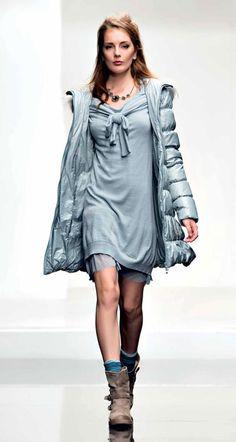 TWIN-SET Simona Barbieri - Look Book - MAIN COLLECTION Dress Outfits, Dresses, Casual Chic, Dress Skirt, Style Me, Boho, Twin, Blouse, Womens Fashion