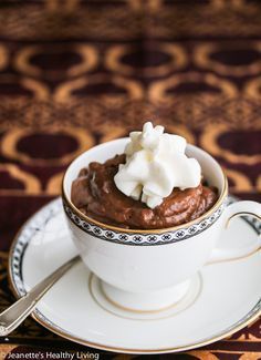 Sugar-Free Low-Carb Dairy-Free Chocolate Mousse Recipe - only 145 calories! Creamy and delicious, this is a secretly healthy dessert Chocolate Mousse Recipe, Dairy Free Chocolate, Chocolate Desserts, Chocolate Lovers, Sugar Free Sweets, Low Carb Desserts, Diabetic Deserts, Healthy Desserts, Healthy Treats