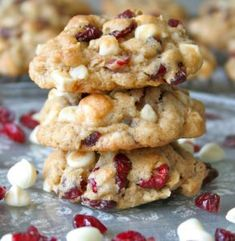 Best cookies in the history of the world! Oatmeal Cranberry White Chocolate Macadamia Chip Cookies are loaded with dried cranberries, crunchy nuts and sweet white chocolate chips. They are everything a great holiday cookie should be! Tea Cakes, Delicious Desserts, Dessert Recipes, Sweets Recipe, White Chocolate Chips, Cranberry White Chocolate Cookies, White Chocolate Macadamia Cookies, White Chocolate Desserts, White Chocolate Brownies