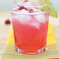Skinny Raspberry Margaritas – low in sugar and calories!