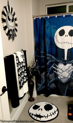 Nightmare Before Christmas Bathroom, Jack Skellington bathroom, Jack Skellington Hallowee El mundo de jack Sally Nightmare Before Christmas, Nightmare Before Christmas Decorations, Halloween Decorations, Gothic Home Decor, Diy Home Decor, Buy Decor, My New Room, My Room, Jack The Pumpkin King