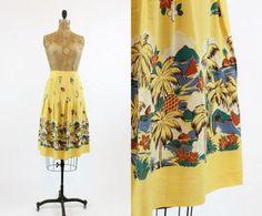 40s Skirt Hawaiian Print Medium / 1940s Vintage Skirt Novelty Print /  Polynesia Pineapple Skirt