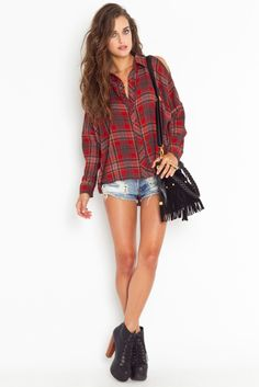 I like the coverage up top and how she rocks this with short shorts....i love the classic flannel