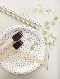 we <3 gold star and chocolate!