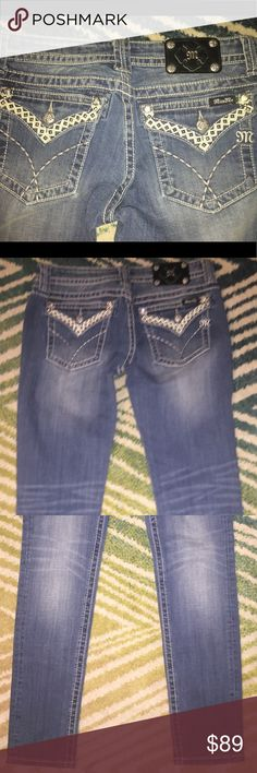 "NWT Miss Me Jeans Skinny Pants Sz 33 New with tags - Miss Me Jeans - Skinny - Sz 31 inseam 33"" Miss Me Jeans Skinny"