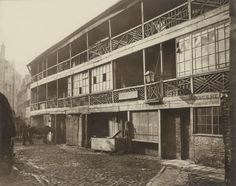 King's Head Inn yard, Southwark, 1881. This photograph was commissioned by the Society for Photographing Relics of Old London to form part o...