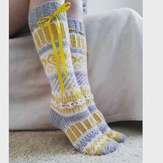 Fair Isle Knitting, Knitting Socks, Knitting Needles, Fluffy Socks, Cute Socks, Winter Beauty, Knee High Socks, Boot Cuffs, Yarn Crafts