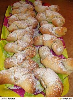 Jablečné rohlíčky Czech Recipes, Ethnic Recipes, Pretzel Bites, No Bake Cake, Apple Pie, Baking Recipes, Sushi, Sausage, French Toast