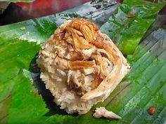 """""""Xôi Gà""""/    Sticky rice with Chicken in banana leaf  (with coconut milk, cooked the same way as one cooks rice, or steamed for a firmer texture and more flavorful taste. It comes in a great number of varieties.)"""