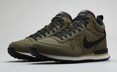 Nike Internationalist Mid Autumn Reflective Pack