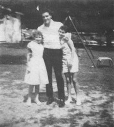 "Susie, Elvis & Donna  (daughters of Nashval Presley Pritchett, youngest sister to Elvis' father-Vernon Elvis Presley.)  | ""We lived on the Graceland Grounds, Just behind the main house where Elvis lived and when Elvis was home, You never knew what to expect."""