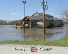 Illinois River Flood of 2013 at Evandy's Boatel.