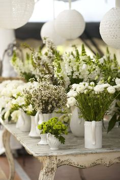 Feature Flower Table