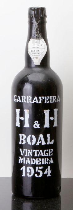Port/Madeira/Misc Dessert, Madeira 1954 . Boal, Henriques & Henriques . lwisl.Bottle (1). ... (Total: 1 Btl. ) Image #1