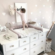 Latest No Cost Changing table DIY Ikea Hemnes Hack 💕 Changing table baby room girl room . Then you understand that their material winds up practically all around the house! Baby Room Boy, Baby Bedroom, Baby Room Decor, Nursery Room, Girl Room, Kids Bedroom, Nursery Ideas, Diy Changing Table, Baby Changing Mat