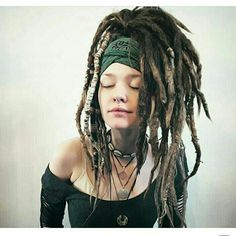 Bob hairstyle for black women women hairstyles short face shapes,black women hair highlights contouring tutorial cool braided hairstyles,blonde hairstyles boys braided red hair. Dreadlocks Girl, Dreadlock Rasta, Dreadlock Styles, Dreads Styles, Blonde Dreads, Pretty Dreads, Beautiful Dreadlocks, Dreadlock Hairstyles, Messy Hairstyles