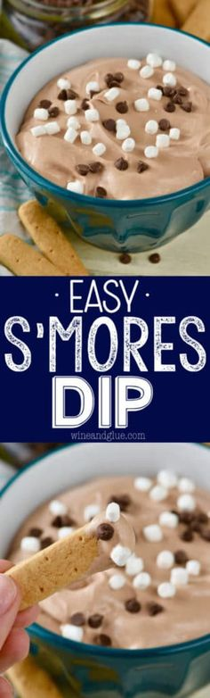 This Easy S'mores Dip is just FIVE INGREDIENTS! It doesn't easier than this!