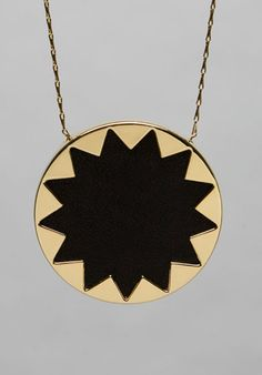 House of Harlow Large Sunburst Pendant in Black Leather Čierna Koža ca7f61a2dd2b7