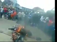 Welcome To Ike Martins Blog: Jungle Justice, 2 brothers burnt to death for stea...