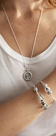 Do See The Magic with our new PANDORA Disney charms and petites perfect to adorn your bracelets and lockets.