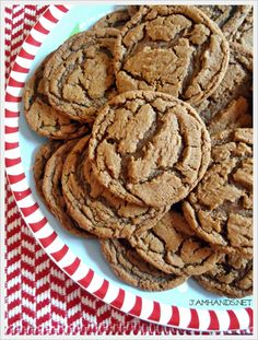 Jam Hands: Chewy Gingerbread Cookies... I'll have to try these and see if they're as perfect as they look!