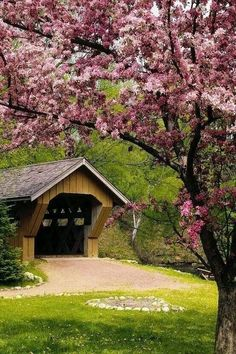 covered bridge and cherry blossoms at the Red Mill, Waupaca, Wisconsin. Good memories with Grandparents here! Beautiful World, Beautiful Places, Beautiful Scenery, Old Bridges, Old Barns, Covered Bridges, Country Life, Country Roads, Country Charm