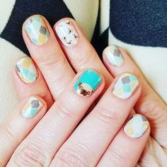 Where are all my #doglovers #puglover are these not the perfect #nailwraps for #pug #owners #pugowners I swear I love othis - matched perfectly with #arabesquejn too :D This is such a cute #combonation #geometricnails #pugnails #pugmanicure pc: Jody Gottman :D