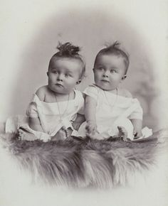 ★  #Twins ★  (i'm a twin too!I've always had a fascination w twin related things!)