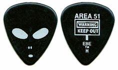 alien guitar pick