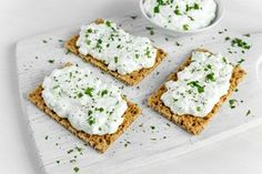 Is cottage cheese keto friendly? Learn the answer and find out the best ways to include more cottage cheese in your keto meal plan. Benefits Of Cottage Cheese, Cottage Cheese Recipes, Savory Snacks, Savoury Dishes, Healthy Snacks, Healthy Dinner Recipes, Keto Recipes, Breakfast Recipes, Delicious Recipes